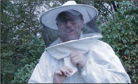 MoCo Professor Jeff Csatari Combats Colony Collapse Disorder