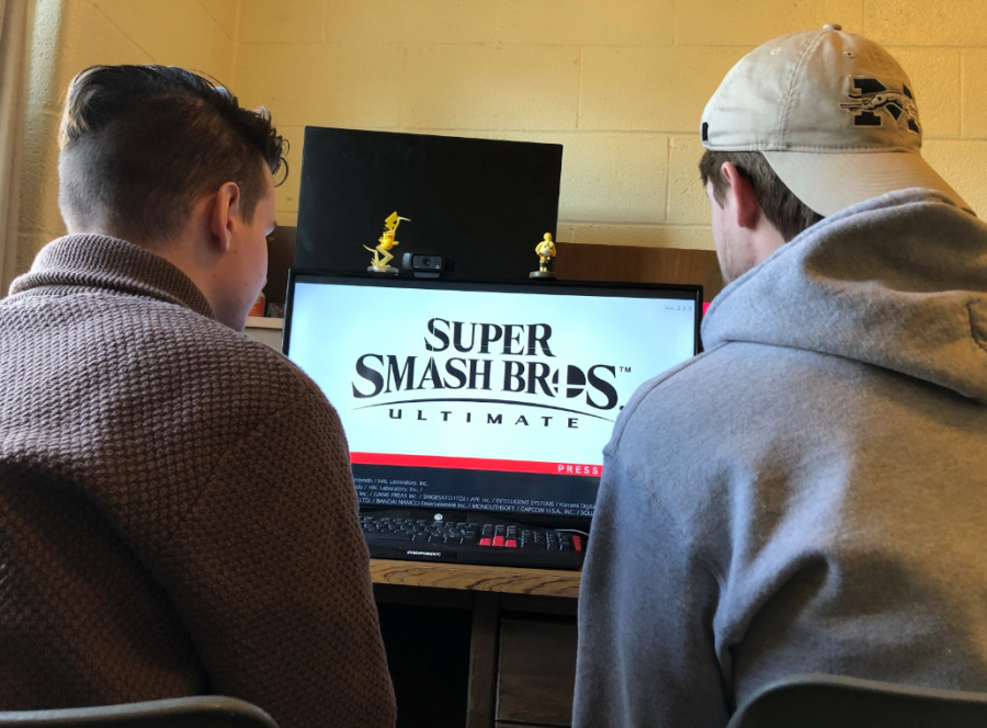ESports Bring MoCo Gamers onto Virtual Fields of Play