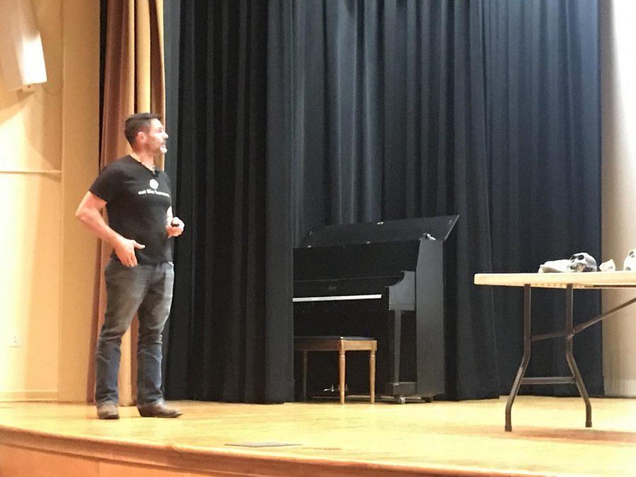 Dr. Bill Schindler presenting at Moravian College.